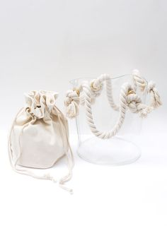 Rope Handle Clear Vinyl Bucket Bag – The Frankie Shop Large Bags, Small Bags, Sacs Design, Transparent Bag, Clear Bags, Designer Wallets, Wholesale Handbags, Casual Bags, Cosmetic Bag