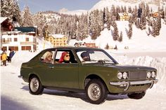 Specific information on the Fiat 128 berlina, sport coupe, familiare and other variants. Fiat 128, Maserati, Ferrari, Ferdinand Porsche, Car Images, Car Pictures, Alfa Romeo, Turin, Mopar