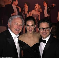 Reunion: Jennifer Garner stood in the middle with Victor Garber to her right and director ...
