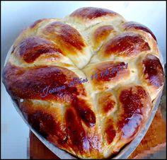 Pão feito com o proposito de agradar  a gosto bastante caracterizado pelo momento junino. Pão de sabor suave, massa bastante leve e umi...