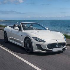 Reaching for the sky. #Maserati #GranCabrio MC #MaseratiGrancabrio