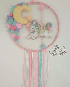 F Dream catcher for baby room Unicorn Birthday Parties, Unicorn Party, Baby Crafts, Felt Crafts, Handmade Crafts, Diy And Crafts, Baby Mobile, Unicorn Crafts, Felt Decorations