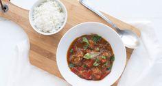 goulash van rundvlees Goulash, Chana Masala, Baking Recipes, Crockpot, Slow Cooker, Vegetarian Recipes, Beef, Cooking, Ethnic Recipes