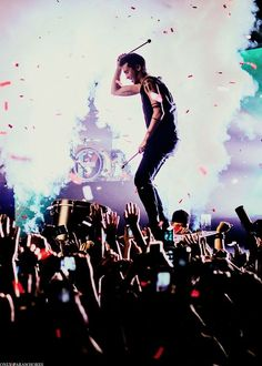 Twenty One Pilots live in concert!