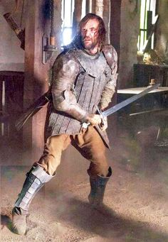 Tavern Fight - Sandor gets wounded. Rory Mccann