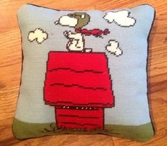 Vtg-Peanuts-Needlepoint-Snoopy-Red-Baron-Pillow
