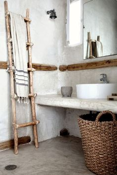 Rustic bathroom ideas.  Adding in wovens and wood.