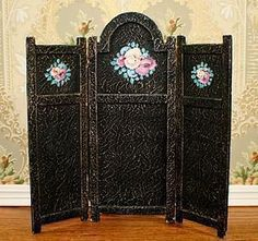 Antique Fashion Doll Dressing Screen http://www.dollshopsunited.com/stores/antiquedolltreasures/items/1274574/Antique-Fashion-Doll-Dressing-Screen #dollshopsunited