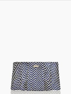 This light @kate spade new york clutch is a smart buy for the rest of your Summer parties (and it's on sale right now!)