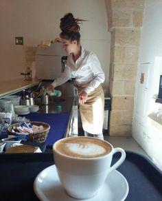 Linda make fantastico cappuccino!  #bar #staff #masseriacordadilana  www.masseriacordadilana.it