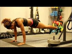 This simple exercise tool is rapidly appearing in every health club in the world. What is it that will quickly surpass the beloved balance ball-the TRX Suspension workout system. See the TRX posters. Good Back Workouts, Back Exercises, Running Workouts, Easy Workouts, Suspension Training, Suspension Workout, Trx Suspension, Back Workout Women, Workout Plan For Men