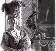 "Deborah ""Debo"" Mitford, the Dowager Duchess of Devonshire wearing the large Devonshire Diamond Tiara"