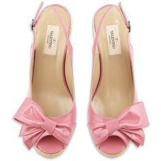 Valentino Mena Bow Sandal (5,325 MXN) ❤ liked on Polyvore featuring shoes, sandals, heels, pink, pink shoes, pink sandals, high heel sandals, pink high heel shoes and bow heel shoes