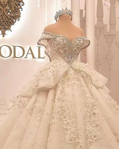 Extravagant Wedding Dresses, Crystal Wedding Dresses, Princess Wedding Dresses, Bridal Wedding Dresses, Dream Wedding Dresses, Tulle Skirt Wedding Dress, Wedding Dress Cake, Moda Lolita, The Dress