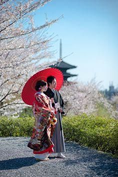 Kyoto, Japan. Really pretty wedding photo.