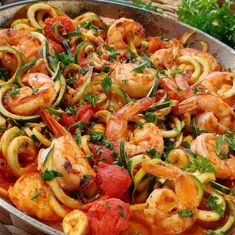 """681 Likes, 12 Comments - Rachel Maser (@cleanfoodcrush) on Instagram: """"Fresh Tomato Sauce + Shrimp Zoodles {Flavorful, yet so SIMPLE - like, 20 minutes till' Dinner,…"""""""