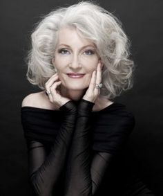 see?  I just want my hair to do this.  Catherine Loewe, glamorous grey hair: note the natural makeup.