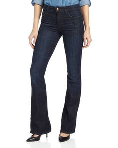 Flared jeans are back for fall. Look for a pair in a dark wash. #divinecaroline #flaredjeans #falldenim #fallfashion