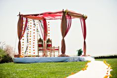 simple mandap design. maybe not even the draping, just flowers?
