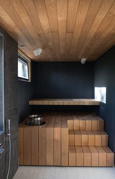 Scandinavian Saunas, Sauna House, Windsor House, Sauna Design, Outdoor Spa, Black Ceiling, Bathroom Spa, Home Spa, Home Remodeling