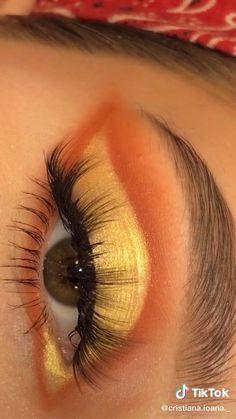 Eye Makeup Designs, Eye Makeup Art, No Eyeliner Makeup, Skin Makeup, Makeup Kit, Makeup Looks Tutorial, Smokey Eye Makeup Tutorial, Maquillage On Fleek, Golden Eye Makeup