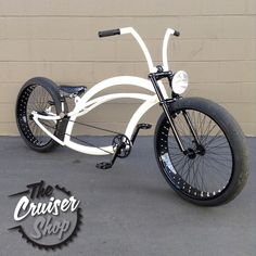 """""""We built up this Firebike Fluid for a customer, this bike rolls on a 72 spoke 26x4's front & rear, Boxkars Hot Rod shifter handles the 3 speed Nexus in…"""""""