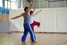 Festival Internacional Dansa Ripoll Contact Improvisation Workshops Creations Creaciones Creacions Dance Dansa Danza Teachers Profesionals Amateurs Everybody Dance to meet you Workshop, Meet, Ballet, Teacher, Dance, Dancing, Atelier, Professor, Ballet Dance