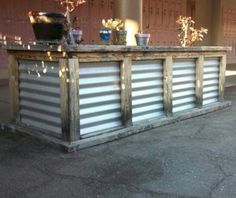 Amazing 60 DIY Outdoor Bar Ideas for Outdoor Project http://homefulies.com/index.php/2018/06/26/60-diy-outdoor-bar-ideas-for-outdoor-project/
