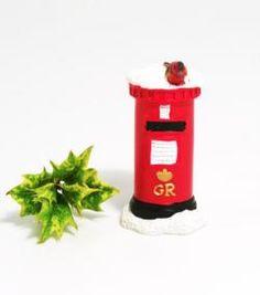 Christmas Cake Decoration - Traditional British Postbox