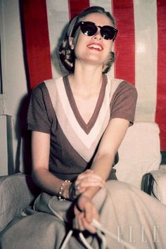 """""""I would like to be remembered as someone who accomplished useful deeds, and who was a kind and loving person. I would like to leave the memory of a human being with a correct attitude and who did her best to help others."""" -Grace Kelly"""