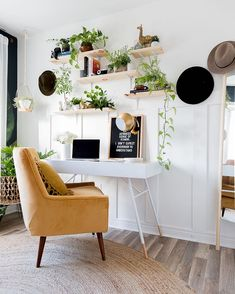 Mar 2020 - Bohemian decor has been making its way into all kinds of living spaces, and a boho office is no exception. Home Office Space, Home Office Design, Home Office Decor, Office Ideas, Budget Bedroom, Bedroom Office, Bedroom Ideas, Apartment Office, Bohemian Office