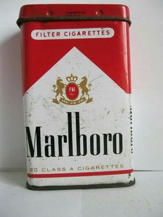 """""""MARLBORO"""" Cigarette tin I need one if these for my self-rolled's. Vintage Tins, Vintage Antiques, Retro Vintage, Metal Box, Metal Tins, Malboro, Marlboro Cigarette, Pot Pourri, Tin Containers"""