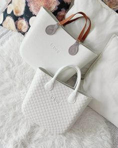 The mini one for me Stylish Handbags, Fashion Handbags, Tote Handbags, Purses And Handbags, Fashion Bags, Crossbody Bag, Tote Bag, My Bags, Handbag Accessories