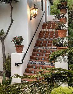 Hacienda Style Homes, Spanish Style Homes, Spanish House Design, Hacienda Decor, Spanish Colonial Homes, Spanish Bungalow, Spanish Revival, Courtyard Design, Courtyard House