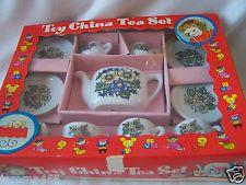 VINTAGE JAPAN DOLL TEA SET IN BOX