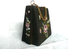 Vintage box bag - vintage petit point purse - needlepoint box bag with Guerlain lipstick and embroidered hankerchief - embroidered purse by toastandmarmalade1 on Etsy https://www.etsy.com/dk-en/listing/497804219/vintage-box-bag-vintage-petit-point