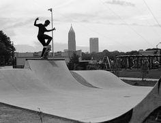 The Atlanta Beltline skatepark Atlanta Beltline, Skate Park, Wakeboarding, Best Cities, Building Design, Puerto Rico, Surfing, Skyline, Exterior