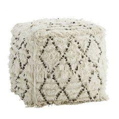 madam stoltz pouf carre laine ecru a franges motif croisillons noir avec sequins…