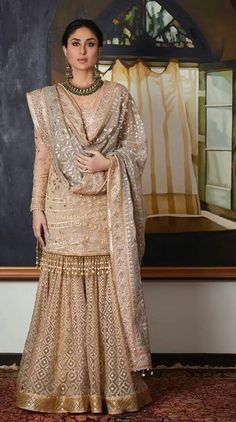 Kareena Kapoor Khan in Tarun Tahiliani outfit for Diwali. Indian Attire, Indian Ethnic Wear, Indian Outfits, Sharara Designs, Designer Party Wear Dresses, Indian Designer Outfits, Pakistani Wedding Outfits, Pakistani Dresses, Wedding Dresses