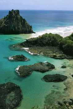 UNESCO World Heritage Site - Brazilian Atlantic Islands: Fernando de Noronha and Atol das Rocas Reserves, which are peaks of the Southern Atlantic submarine ridge.
