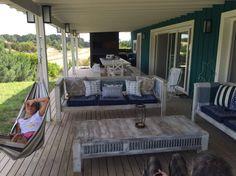 Casa espectacular costa esmeralda - Casas en alquiler en Pinamar Back Patio, Backyard Patio, Saint Claude, Small Garden Design, Nautical Home, Luxury Homes, Living Room Decor, Outdoor Living, House Plans