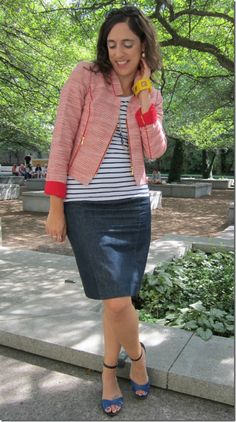 Loop Looks     Perfect blend of patterns and casual pieces for a work-appropriate look.