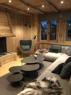 Living room, livingroom - My Website 2020 Chalet Design, Home Design, Interior Design, Bar Design, Modern Cabin Interior, Country Interior, Chalet Interior, Mountain Home Interiors, Wooden Fireplace