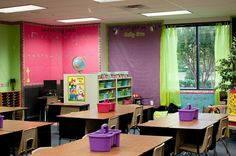 Many different photos of how teachers decorate/set up their classrooms