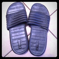 Black velcro slides Black velcro slides. Women's size 8. Bought to wear to a waterpark. Super comfortable. Shoes