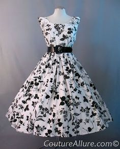 I want to make this for me for Emily's wedding, but in light blue w/ a yellow belt.