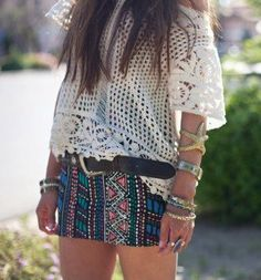CUTE! Love the skirt and the starfish bracelet