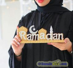 Ramadan Mubarak is the most sacrosanct month of the year in Islamic culture. Here is the best Ramadan Kareem Quotes, Wishes & Duas For this Holy Month. Photo Ramadan, Ramadan Dp, Ramadan Images, Ramadan Wishes, Islam Ramadan, Ramadan Sweets, Muslim Couples, Muslim Girls, Muslim Women