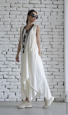 White Long Dress/Asymmetric Maxi Dress/Sleeveless Loose Kaftan/Casual White Dress/Summer Oversize Tunic/Plus Size Dress by METAMORPHOZA Oversize maxi white dress - Such a gentle creation, this white dress… White Dress Summer, White Maxi Dresses, Casual Summer Dresses, Dress Casual, Summer Maxi, Uk Summer, Formal Outfits, Dress Red, Look Fashion