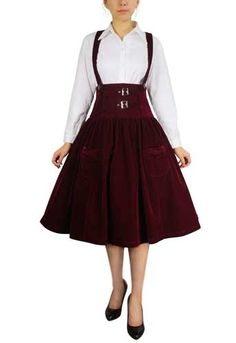 ViewBurgundy Plus Size High-waist Suspenders SkirtBurgundy Plus Size High-waist Suspenders Skirt- More Details- Visit ChinaTowner The flocking velvet skirt has a fitted high waist and free hips sus. Plus Size Retro Dresses, Plus Size Outfits, Plus Size Steampunk, Petite Outfits, Petite Clothes, Style Clothes, Cool Outfits, Fashion Outfits, Women's Fashion